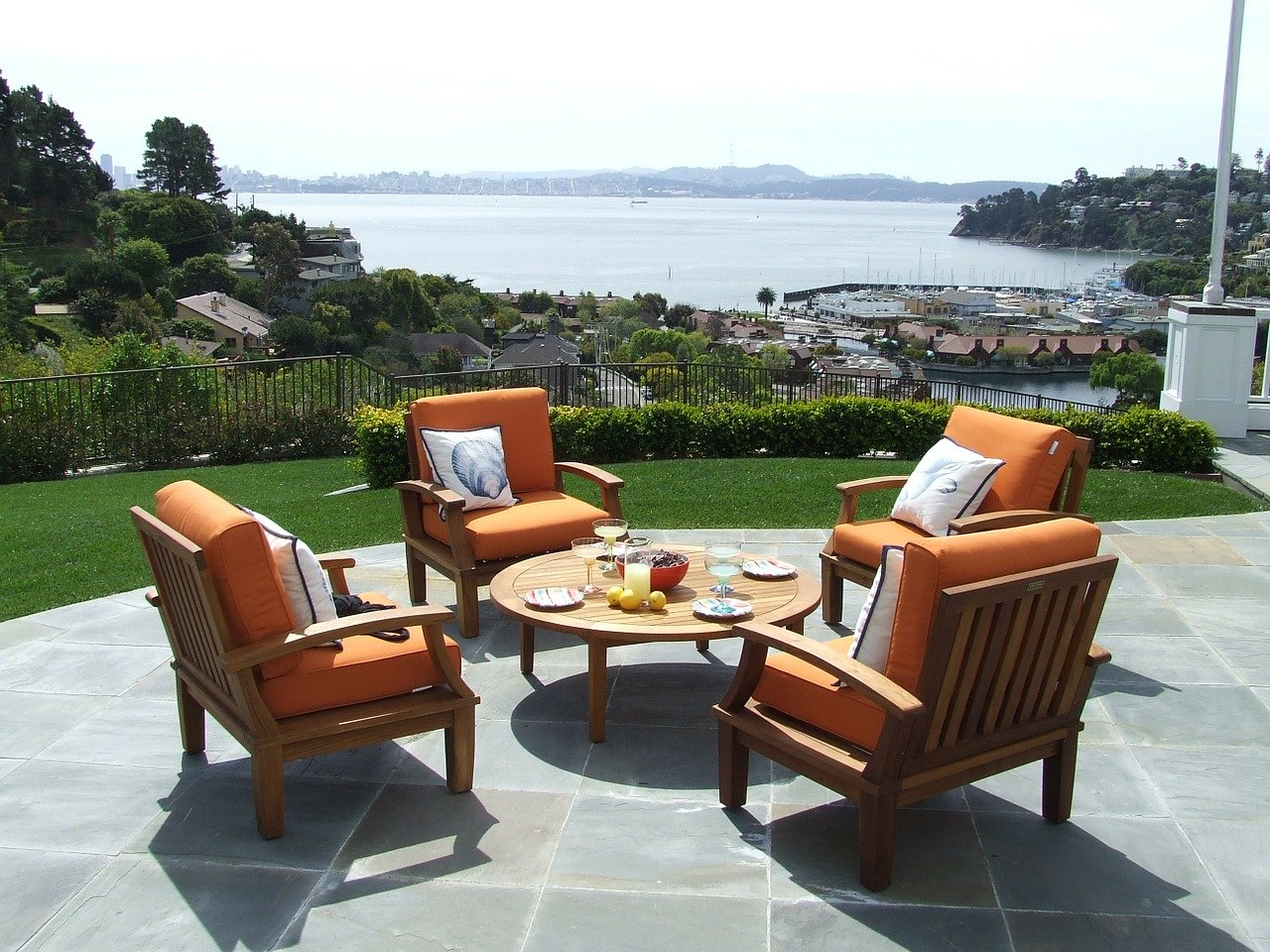 Get Rid of Maggots on Your Patio